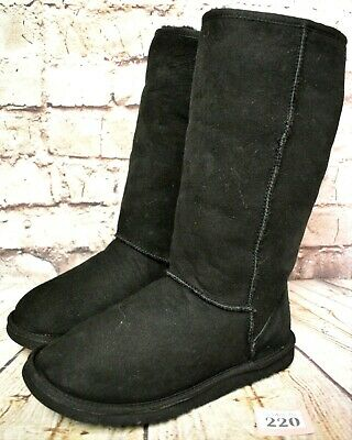 Girls UGG Australia Classic Tall Black Sheepskin Boots UK 3.5 EUR 34 Model 5229