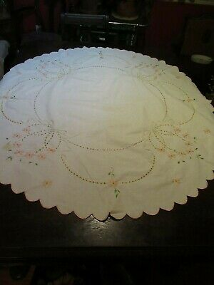 Vintage Crewel Embroidery Embroided Oval Tablecloth 52 X 48 Yellow Pink Green