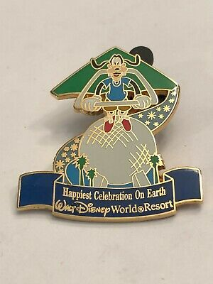 Disney Parks - Happiest Celebration on Earth - Energizer - Goofy Soarin' Pin
