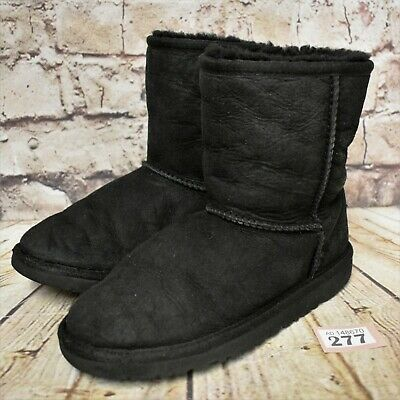 Junior UGG Australia Classic Short Black Pull On Ankle Winter Boots UK 2 EUR 32