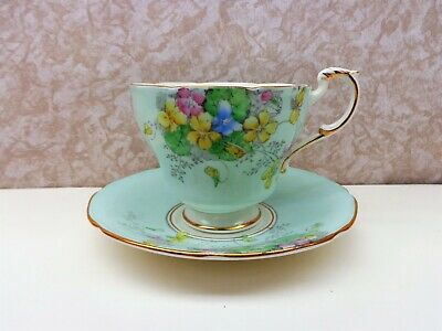 Vintage PARAGON Fine Bone China England Cup Saucer Flowers Floral Exc