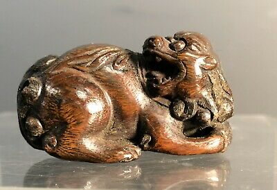 antique Japanese rare carved boxwood Netsuke of a Lion 19th century MEIJI