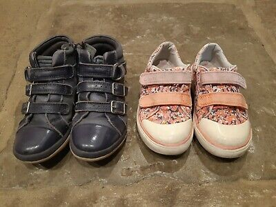 Girls clarks shoes size 8.5f