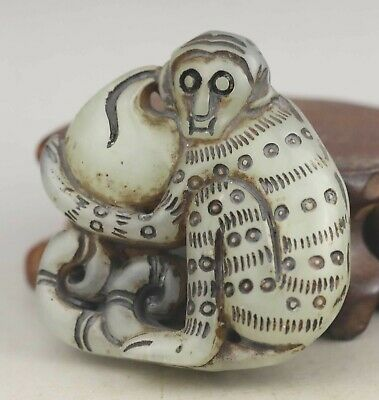 Chinese old natural jade hand-carved statue monkey pendant 1.8 inch
