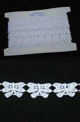 Guipure White Bow Patterned Trim - 3mts
