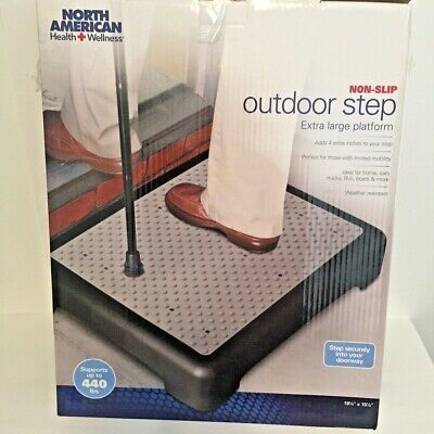 North American Health and Wellness - JR5919 - Non-slip Outdoor Step - Mobility S