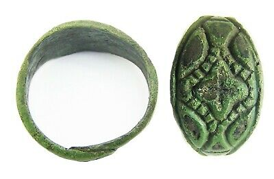 9th - 10th century A.D.  Scandinavian Viking bronze finger ring with niello