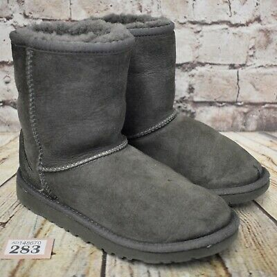 Kids UGG Australia Grey Classic Short II Sheepskin Boots UK 2 EUR 33 -Model 5825