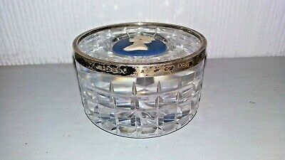Wedgwood Large Silver Jubilee paperweight - silver rim. Lovely