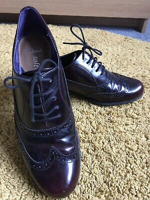 Clarks Oxblood Leather Brogues Lace Up Flats Size 7 Hardly Worn