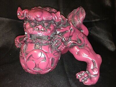 A Large Stunning Red Resin Chinese Feng Shui Foo Dog Lion Excellent Condition