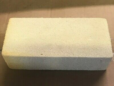 VULCANISED CELLULAR RUBBER CLEANING SPONGE, HIGHLY ABSORBENT, 15cm X 7cm X 4cm