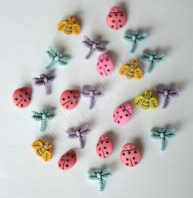 "Buttons Galore /& More Spring Fling Collection3D Buttons /""Ladybugs SF131/"""