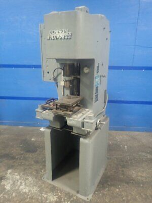 "Denison / Multipress R065Mc264Fsd266D210A125220 Press 10 1/2"" X 16 3/4"" Bed"