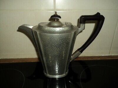 Arts and Crafts Don Pewter hand hammered teapot with Bakelite handle - usable!