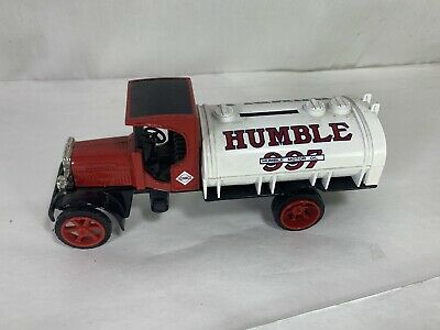ERTL 1925 Kenworth Humble 997 Motor Oil Tanker Die Cast Truck Bank w Key