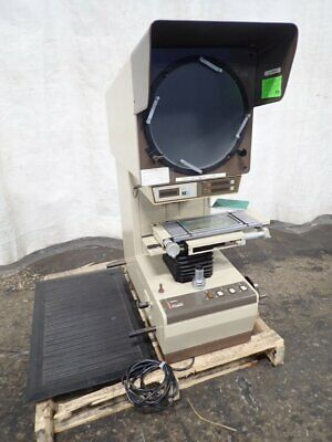 "Mitutoyo Pj300 Optical Comparator 12"" Screen 6"" X 13"" Table 11191100023"