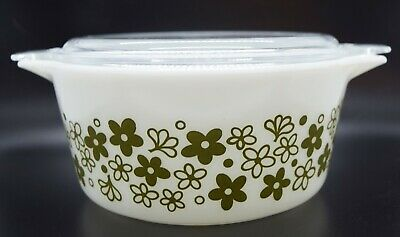 Pyrex 474-B and Lid 474-C-27 Spring Blossom White with Green Flowers Crazy Daisy
