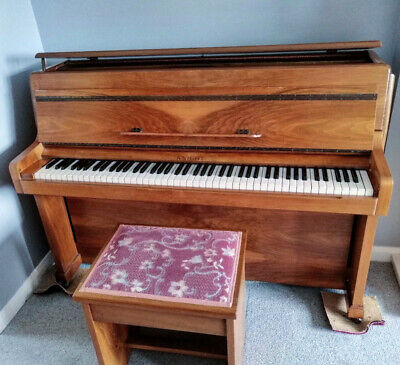 Beautiful Knight Art Deco Small Walnut British Upright Piano Guarantee Delivery