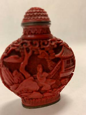 ANTIQUE CHINESE CINNABAR LACQUER SNUFF BOTTLE Deeply Carved Matching Stopper