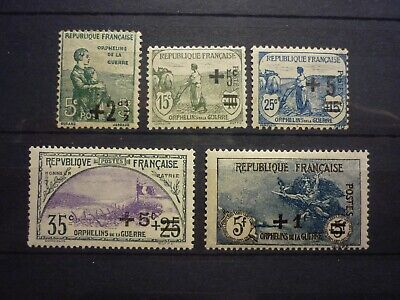 Orphelins Guerre Serie 5 Timbres Neufs. Cote 192 Euros