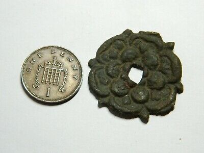 Post Medieval / Vintage bronze Tudor Rose badge / mount Metal detecting detector