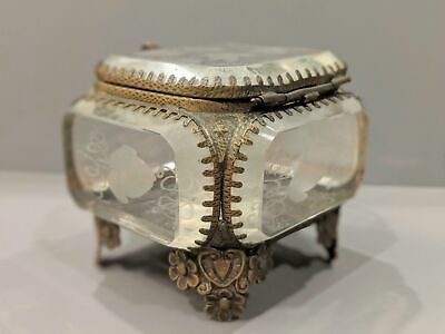A 19th Century French Etched Glass Jewellery Box