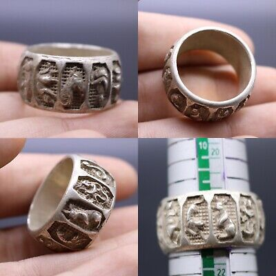 Lovely Antique Silver Ring With Animal Decoration Wonderful Piece