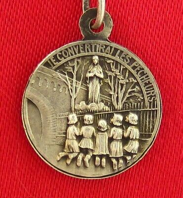 Vintage French MARY OUR LADY OF BEAURAING APPARITION Medal CONVERT FISHERMEN