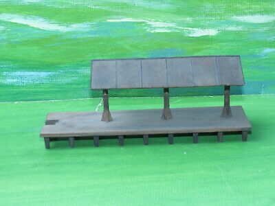Life Like 1347 kit built station platform Pikesville Junction - ho gauge