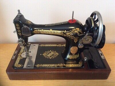 1930 Singer 28K HandCrank Vintage Sewing Machine with Victorian Decals