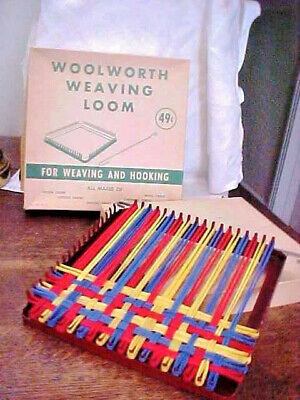 Vintage Woolworth Weaving Loom + Hook & Pot Holder Loops * Original Box
