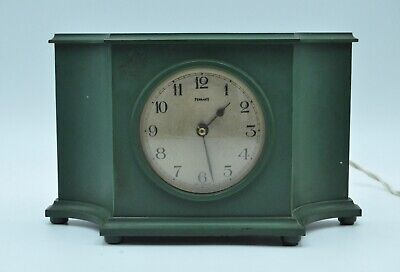 FERRANTI  GREEN BAKELITE ELECTRIC MANTLE CLOCK. Made in England. c.1930/40