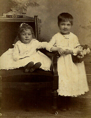 Antique Photo Cabinet Card CUTE LITTLE GIRLS FASHION by STAPLES INDIANAPOLIS IND
