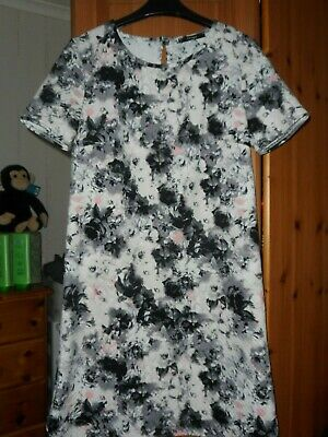 Bnwt Ladies/Girls Short Sleeve Floral Dress Size 8