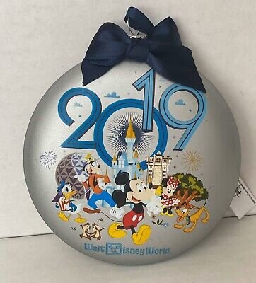 New Disney Park 2019 Mickey Mouse Friends 4 Parks WDW Glass Disk Ornament W Tags