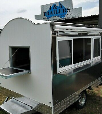 New Round 2.8M Mobile Food Trailer Awning With Sliding Windows