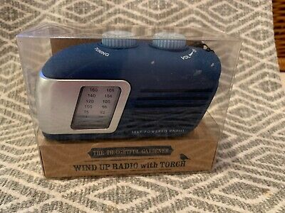 The Thoughtful Gardner - Wind Up Radio With Torch - New