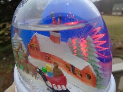 Vtg SANTA Stuck In Chimney REINDEER SNOW GLOBE Dome PLASTIC Lighted Christmas OB