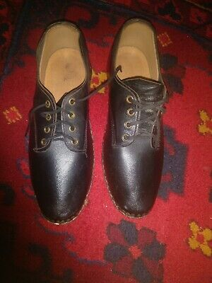 vintage Traditional Lancashire hand made leather black clogs size 5-6