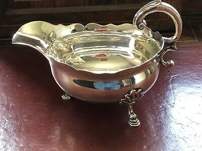 1753 solid silver sauce boat. william shaw & william priest