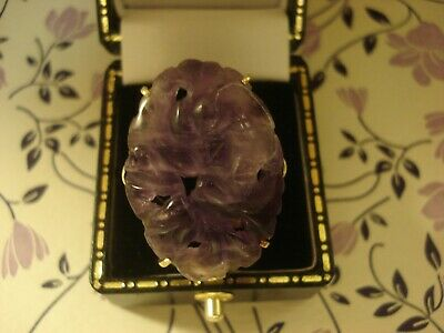 Beautiful & Fine: Large Size Hand Carved Purple Jade Gemstone Set 9CT Gold Ring