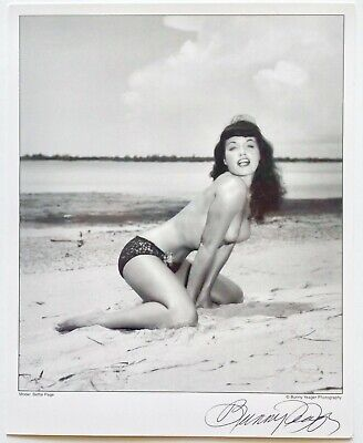 Topless Beach Babe Bettie Page Pin-Up Lithograph NOS Hand Signed by Bunny Yeager