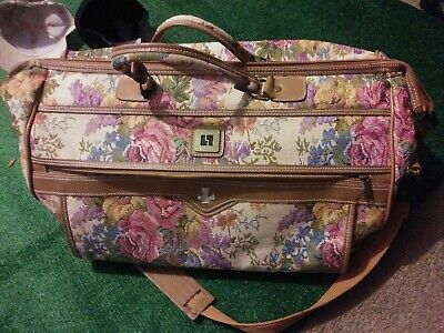 Leisure Brand Floral Tapestry Vintage Overnight Carry-on Duffle Bag Suitcase