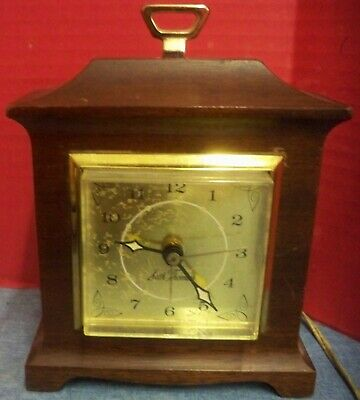 "Vintage Seth Thomas Electric Alarm Clock Table Top Wood Case Churchill-E 7"" Tall"