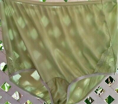 Vanity Fair Green Apple Nylon & Duo Lace Inserts Panty Brief 8/Xl