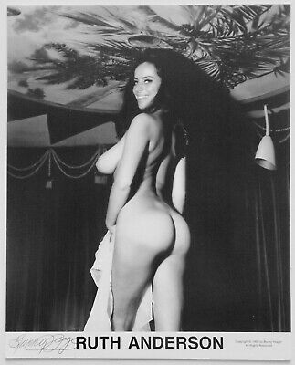 Buxom Nude Ruth Anderson Pin-Up Lithograph NOS Hand Signed by Bunny Yeager