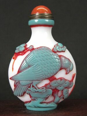 Chinese Two Hawk Carved Peking Overlay Glass Snuff Bottle