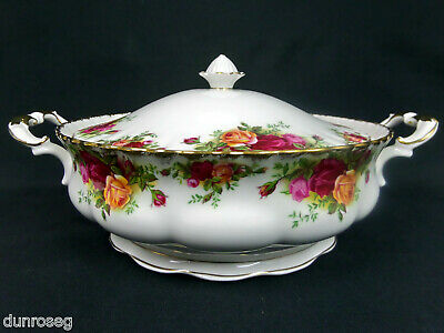 OLD COUNTRY ROSES LIDDED VEGETABLE TUREEN, 1st QUALITY, GC. 1962-73 ROYAL ALBERT