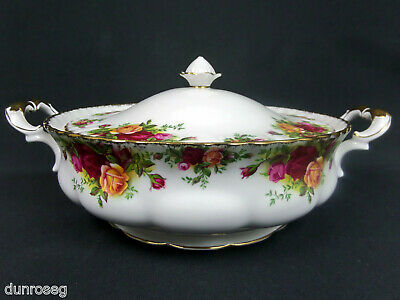 Old Country Roses Lidded Vegetable Tureen, 1962-73, Made In England Royal Albert